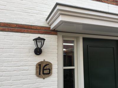 huisnummer woning in marmer